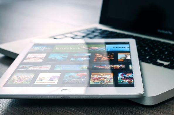 tablet-ipad-unsplash-1024x680